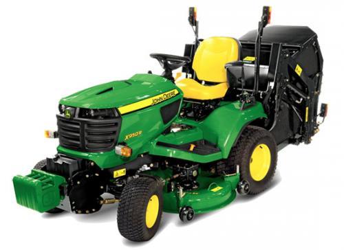 Výrobek Zahradní traktor John Deere X 950 R včetně žacího ústrojí 48 palců /122 cm (vysýpání koše na zem)