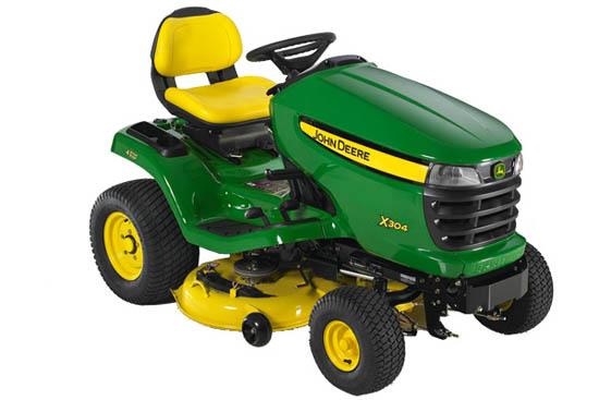 Výrobek Zahradní traktor John Deere X 304 včetně žacího ústrojí 42M (mulčovací-zadní výhoz 107 cm) - výprodej !!!