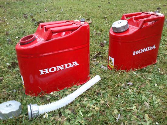 Výrobek Plechový kanystr Honda