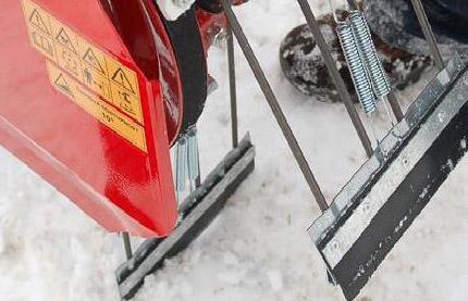 Výrobek Vari Lopatka na sníh ( OP-1.1 - 9 ks, OP-1.2 - 10 ks )