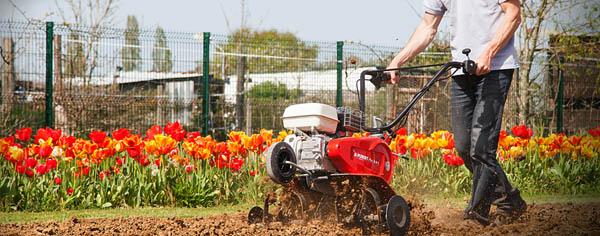 Zahradní traktory, kultivátory, sekačky Pubert