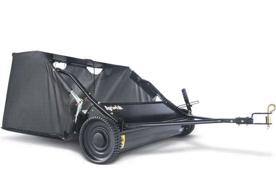 Výrobek Tažený kartáčový sběrač trávy a listí / sweeper Agrifab AF 320 (záběr 107 cm)